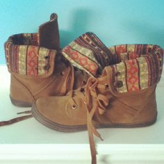 I have these shoes!!!!  Though, mine are little worse for wear with all this snow!