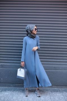 the shoes are weong but the rest is just right Islamic Fashion, Muslim Fashion, Modest Fashion, Hijab Dress, Hijab Outfit, I Dress, Hijab Style, Hijab Chic, Modest Dresses