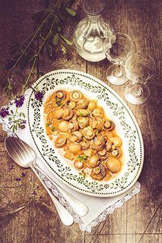 Easy Meals, Easy Recipes, Chana Masala, Ethnic Recipes, Retro, Food, Food Photography, Fine Dining, Kitchens
