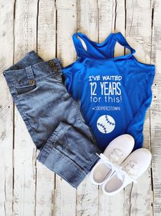 Are your going to Cooperstown Dreams Park this summer? It's the trip of a lifetime and you need to grab this flowy racerback tank for your trip today. Softball Crafts, Softball Bows, Softball Shirts, Cooperstown All Star Village, Cooperstown Dreams Park, Travel Baseball, Baseball Mom, Softball Pitching, Fastpitch Softball