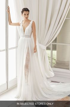 6848dea87 Women's Rosa Clará Couture Med Lace & Silk Blend Muslin Gown, Size IN STORE  ONLY - Ivory. Rosa Clara Wedding ...