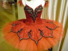 tutu. OMG I am in love. Need this for one of my pointe solos!