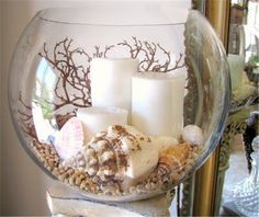 Candles in a glass, decorated with shells- Kerzen in einem Glas, dekoriert mit Muscheln Candles in a glass, decorated with shells - Seashell Candles, Seashell Crafts, Beach Crafts, Hawaii Crafts, Beeswax Candles, Pillar Candles, Decoration Christmas, Decoration Table, Tree Decorations