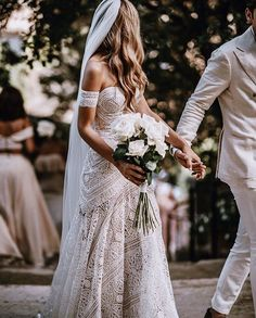 Top selling boho lace wedding dress with arm band. Top selling boho lace wedding dress with arm band. Off Shoulder Wedding Dress, Lace Beach Wedding Dress, Sweetheart Wedding Dress, Long Wedding Dresses, Bridal Lace, Bridal Dresses, Wedding Gowns, Dress Lace, Mermaid Wedding