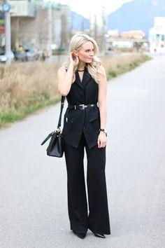Wide leg pants - www.andrea-clare.blogspot.com