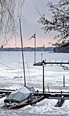 Frozen Alster - tributary of the River Elbe in Northern Germany