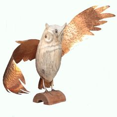 Driftwood Owl with copper wings by Mariëlle Buckinx