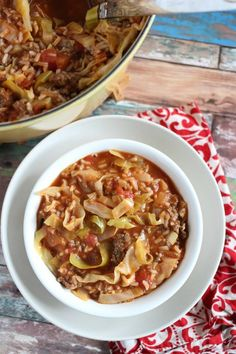 Stuffed Cabbage Soup is a simple hearty recipe with all the delicious flavors of Traditional Stuffed Cabbage Rolls but none of the work! Kitchen Recipes, Cooking Recipes, Healthy Recipes, Freezable Recipes, Diet Recipes, Soup Kitchen, Chili Recipes, Healthy Eats, Easy Cabbage Recipes