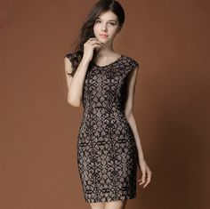 Elegant V-Neck Flower Pattern Lace Sleeveless Dress 63.00