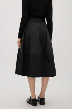 COS image 7 of Flared mid-length skirt in Black