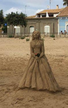 statua sabbia Punta Secca