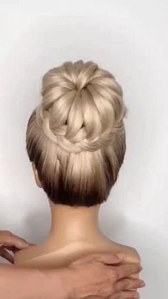 Bun Hairstyles For Long Hair, Girl Hairstyles, Wedding Hairstyles, Hairstyles Videos, Simple Hair Updos, Buns For Long Hair, Dinner Hairstyles, Donut Bun Hairstyles, Ponytail Hairstyles Tutorial
