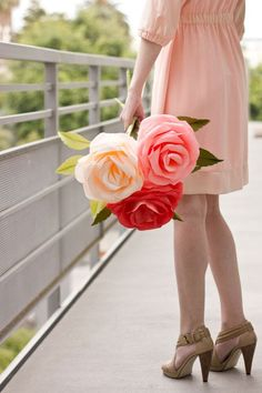 How To Make Giant Crepe Paper Roses one of the best tutorials i've seen #roses #doityourself #DIY