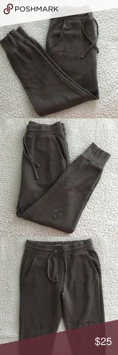 H&M Divided Distressed Joggers H&M Divided Distressed Joggers, Men's size Small Divided Pants Sweatpants & Joggers