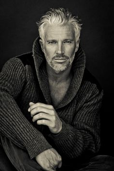Guy Fashion 608971180846471303 - Sutherland Models Source by BookineuseMM Handsome Men Quotes, Handsome Arab Men, Handsome Older Men, Older Mens Hairstyles, Haircuts For Men, Haircut Men, Silver Foxes Men, Grey Hair Men, Strong Woman Tattoos