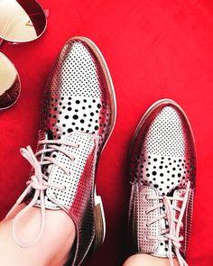 """27 mentions J'aime, 1 commentaires - 🎀Blogueira🎀 (@lena__gomes) sur Instagram: """"Apaixonada pelo meus novos sapatos ❤️ #sapatos #calçados #calçado #modafeminina #moda #stylgirl…"""" Men Dress, Dress Shoes, Cole Haan, Oxford Shoes, 1, Instagram, Fashion, Women's Work Fashion, Shoes"""