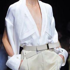 La camicia bianca di Gianfranco Ferré a Milano (EVENTO)