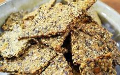 Easy Grain Free Crackers for Keto and Low carb - The Nourished Caveman Seed Crackers Recipe, Gluten Free Crackers, Cracker Recipe, Homemade Crackers, Cooking Recipes, Healthy Recipes, Snacks Recipes, Keto Snacks, Healthy Foods