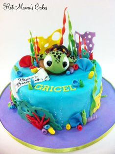 Little Squirt The Sea Turtle Squirt from finding Nemo! Squirt is made out of fondant along with all of the other accents. Disney Themed Cakes, Disney Cakes, Theme Cakes, Finding Nemo Cake, Fondant, Cool Birthday Cakes, Birthday Boys, Disney Birthday, Birthday Nails
