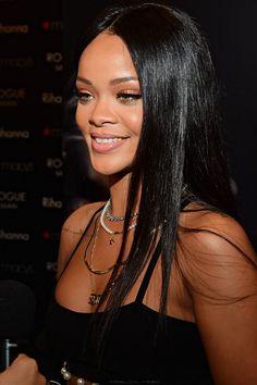 """arielcalypso: Rihanna promoting """"Rogue Man"""" at """"Macy's"""" in Atalanta. (25th October)"""