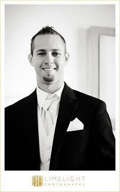 DON CESAR, Florida, groom, Limelight Photography, Wedding Photography, www.stepintothelimelight.com