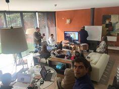 Bom dia pessoal... O dia de ontem foi simplesmente fantástico e estamos de volta à ação... http://oblog.carvalhohelder.com/
