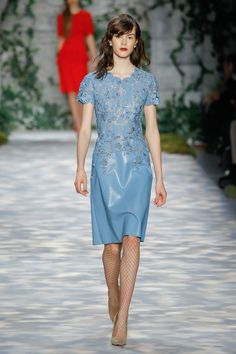lacy powder blue leather. I die. Imagine this with a gray or rich burgundy belt or maybe a chiffon moto jacket, playing on the switched fabrics of leather jacket and floaty dress! Jenny Packham FW 17 #thatsprettyfunny Fashion Week, Fashion 2017, Couture Fashion, Runway Fashion, High Fashion, Fashion Dresses, Vogue Fashion, Fashion Fall, Fashion Trends