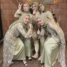Hijab Gown, Kebaya Hijab, Hijab Style Dress, Kebaya Dress, Casual Hijab Outfit, Muslim Fashion, Modest Fashion, Hijab Fashion, Fashion Dresses