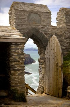 The perfect place #136 (Château de Tintagel, Angleterre)