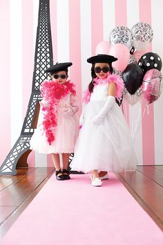 DIY Paris-Themed Party. SO adorable..