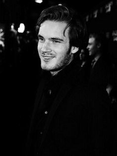 Pewdiepie is the first youtuber I started watching, and now my fave. Ily pewds / poods. <3