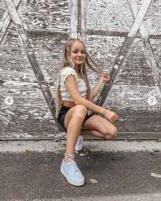 Tween Fashion, Girl Fashion, New Outfits, Cute Outfits, Teen Girl Poses, Dance Moms Girls, Cute Poses For Pictures, Summer Aesthetic, Aesthetic Clothes