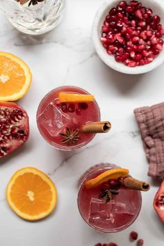 Tis the season for the best Christmas cocktails! From the best eggnog to the most beautiful cranberry thyme gin and tonic. We're sharing the absolute best cocktail recipes to make your holiday brighter! #ChristmasCocktails #Cocktails #HolidayDrinks #HolidayCocktail #CocktailRecipes Best Christmas Cocktails, Christmas Brunch, Holiday Drinks, Christmas Entertaining, Margarita Punch, Margarita Recipes, Cocktail Recipes, Cocktail Drinks, Cocktail Shaker