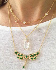Compre Colar de libélula folheado a ouro com zirconias esmeraldas semi joais fashion na Waufen ✓ Semjoias Finas ✓ Ótimos Preços ✓ Entrega Rápida e Segura ✓ Pgto em até 12 Vezes