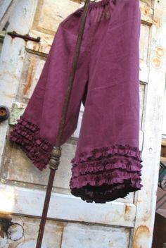 Pontalba Pantaloons... rustic ruffle bloomer linen pants from down de bayou S M L Xl Plus. $75.00, via Etsy.