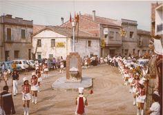 """Festa Major 1977. Foto cedida pel """"Grup d'Investigació i Història de Sant Quirze del Vallès"""" #SQV"""