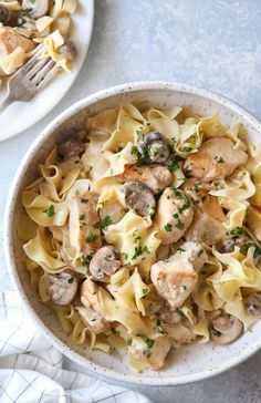 This spin on stroganoff is just like the classic dish we all love, but with chicken! Chicken Stroganoff, Stroganoff Recipe, Pasta Noodles, White Meat, Easy Weeknight Dinners, How To Cook Eggs, Dinner Recipes, Dinner Ideas, Main Meals