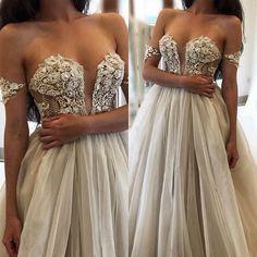 Princess #bridetobe #designergown #maryioannidiscouture #hautecouture #weddinggown #weddinggown #princessgown