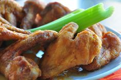 Make and share this Hooters Buffalo Wings recipe from Food.com.