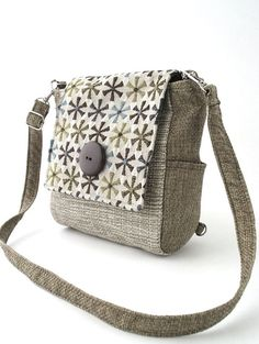 purse backpack converts to messenger or  tote bag,  purse bag , handbag, cross body bag