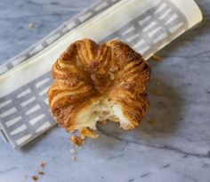 """kouign amann pastry from mccall's in los angeles ~ """"I don't walk for the exercise, but I do lie to myself about the number of calories I burn on these outings, particularly on the days when my cookie is a Danish. Sweets Recipes, Baking Recipes, Snack Recipes, Snacks, Desserts, Kouign Amann, La Eats, Easy Banana Bread, Flaky Pastry"""