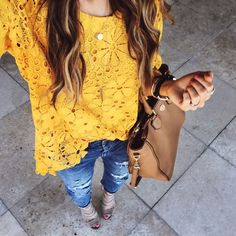 Instagram Round Up | best photos from instagram | fall style | fall fashion | styling for fall | fashion for fall | cold weather fashion || The Girl in the Yellow Dress