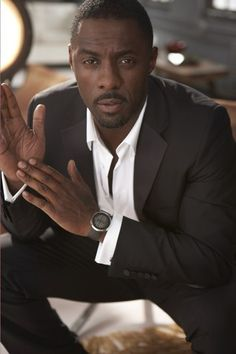 Okay, I have a confession: I'm fascinated by how fascinated women are with Idris Elba. You first met Elba in 2002 when he stepped onto the blocks of Baltimore in his breakout role as Stringer Black Dandy, Men In Black, Black Is Beautiful, Gorgeous Men, Beautiful People, Trend Fashion, Fashion Moda, Mk Men, Hommes Sexy