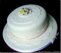 http://nonsolotortedecoratedidonatella.blogspot.com/2009/05/il-mio-anniversario-di-matrimonio-12.html