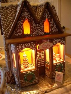 polly-i-love-to-smile:      Gingerbread House 2012 - Goodies By Anna на We Heart It.