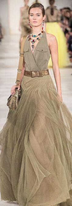 Serious necklace layering!! Ralph Lauren ss 2015 http://hermansfashion.wordpress.com/