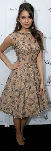 Who made Nina Dobrev's print dress, jewelry, purse handbag, and black pumps that she wore in West Hollywood on February Dress – Zuhair Murad Shoes – Stuart Weitzman Purse – Swarovski Earrings – Carla Amorim Short Dresses, Prom Dresses, Formal Dresses, Dress Prom, Dresses 2016, Pretty Dresses, Beautiful Dresses, Nina Dobrev Style, Nina Dobrev Dress