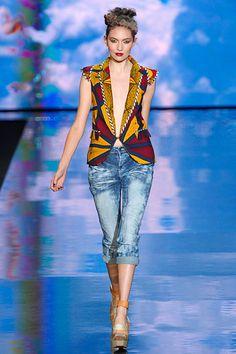 Blusa em capulana ~Latest African Fashion, African women dresses, African Prints, African clothing jackets, skirts, short dresses, African men's fashion, children's fashion, African bags, African shoes ~DK
