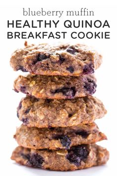 Recipes Breakfast Cookies BEST way to start the day: these Healthy Blueberry Muffin Quinoa Breakfast Cookies! Easy gluten-free and vegan recipe made with oatmeal, quinoa and banana. Great for kids or meal prep! Breakfast Cookie Recipe, Cookie Recipes, Breakfast Recipes, Vegan Recipes, Snack Recipes, Quinoa Recipes For Kids, Quinoa Desserts, Breakfast Ideas, Dessert Recipes
