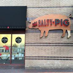 The Salty Pig :: Boston Back Bay